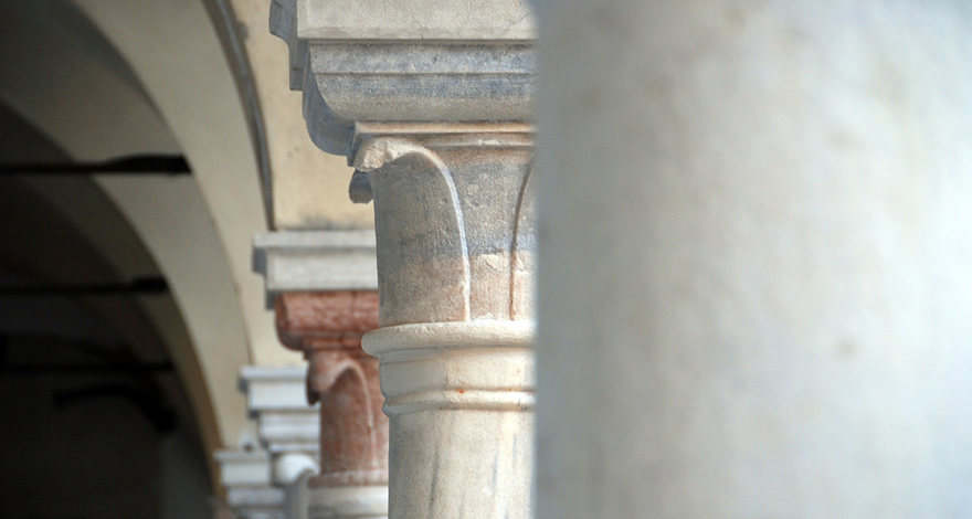 Renovation of Franciscan cloister columns
